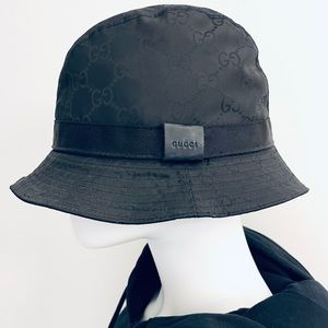 Authentic Gucci Bucket Hat with Fur